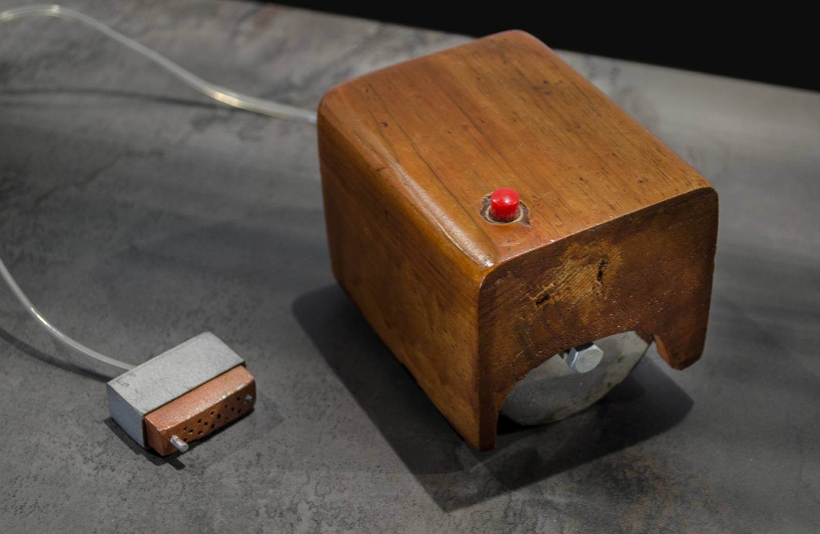 An exact replica of the first computer mouse, created by Douglas Engelbart in 1964. | Courtesy: Hellenic IT Museum