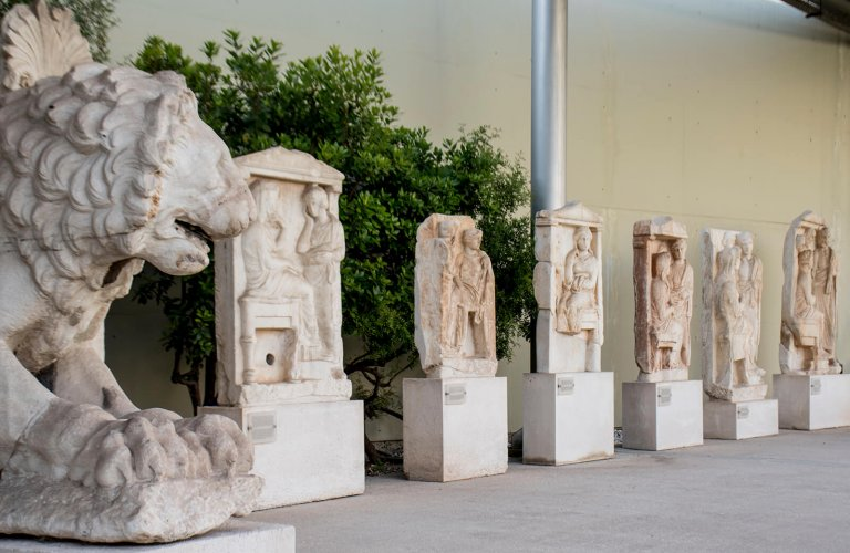 Outdoor exhibition of sculptures and carvings. | Courtesy: Archaeological Museum of Piraeus